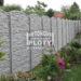Moderní estetický plot kolem každého domu
